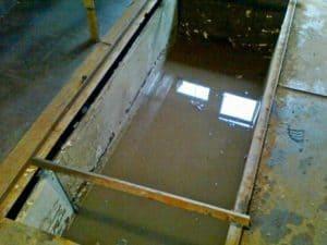 Как сделать гидроизоляцию ямы в гараже от грунтовых вод своими руками? Пошагово - Обзор + Видео