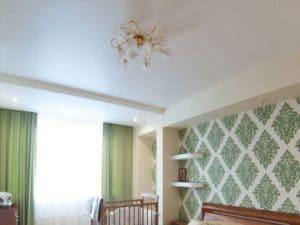 Матовый белый натяжной потолок – достоинства и недостатки