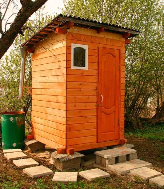 Строительство деревенского туалета своими руками: чертежи, типы, варианты строительства: Пошагово - Обзор + Видео