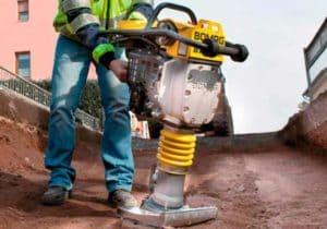 Трамбовка для уплотнения грунта, песка или гравия: Использование + Видео