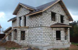 Виды дешевых материалов для строительства дома своими руками: Обзор самых