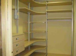 Маленькие гардеробные комнаты из кладовки: Обзор +Фото