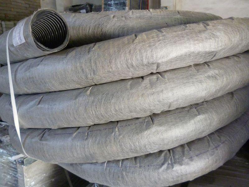 Дренажная труба с защитным слоем из геотекстиля