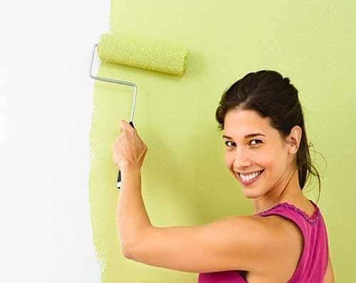 Сколько Расходуется водоэмульсионная краска на 1 м2 стены за 2