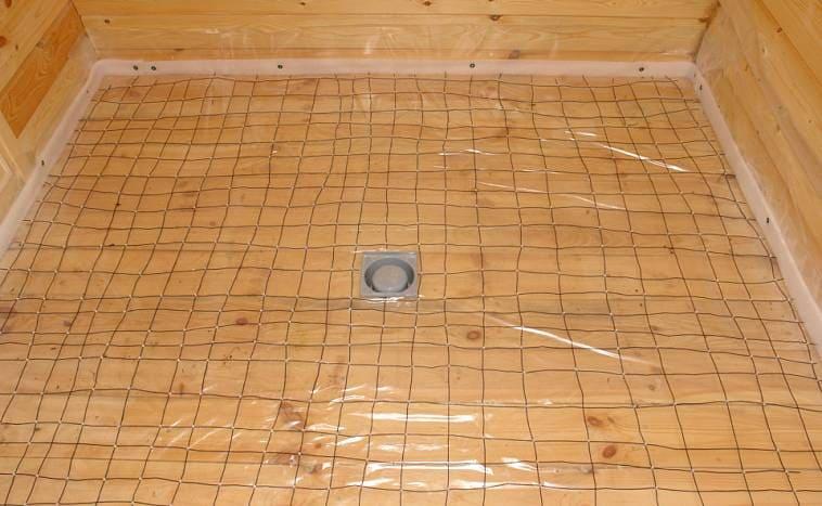 Монтаж демпферной ленты перед заливкой бетона