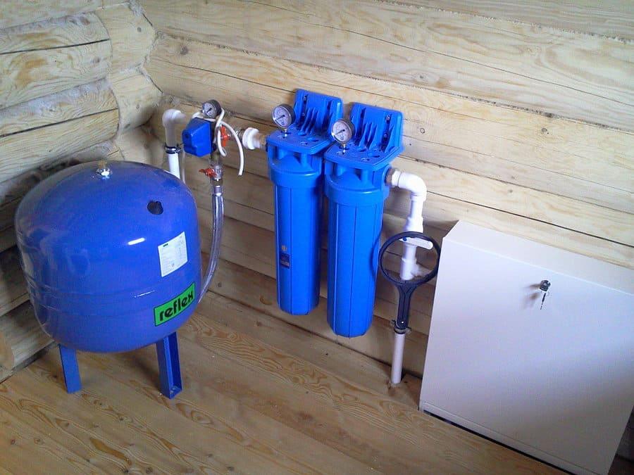 Этапы и тонкости проведения водопровода в частном доме
