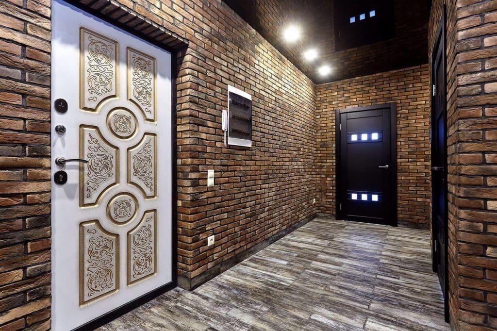 Стены в прихожей - идеи для маленького коридора 10
