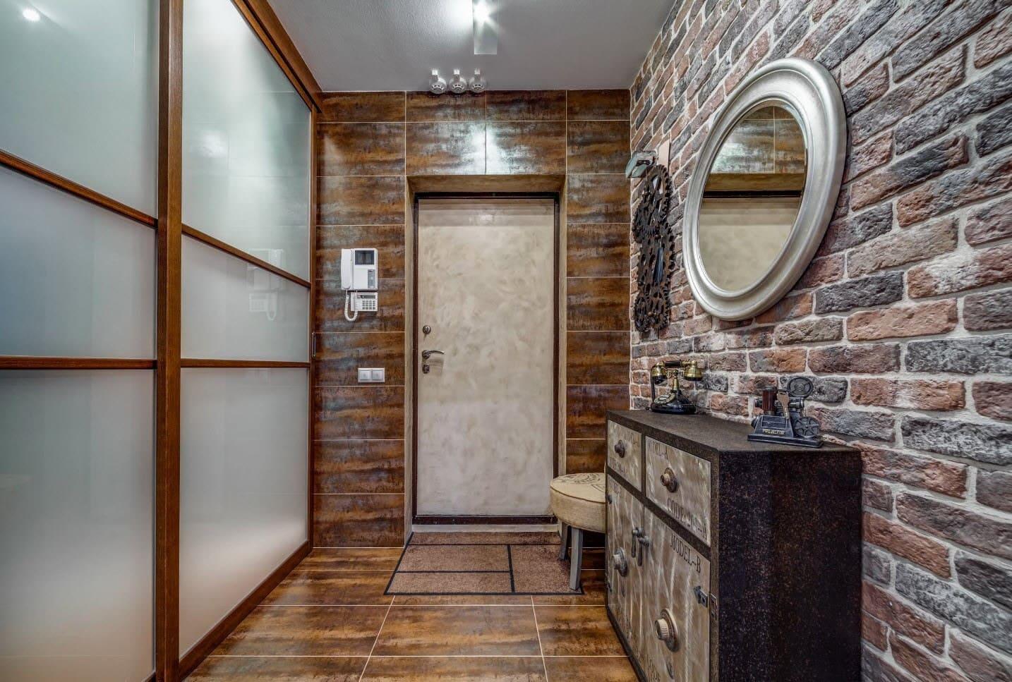 Стены в прихожей - идеи для маленького коридора 12