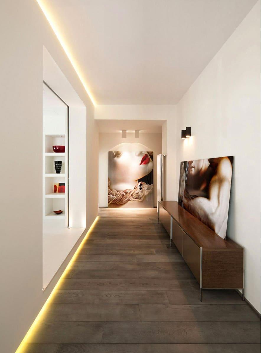 Стены в прихожей - идеи для маленького коридора 37