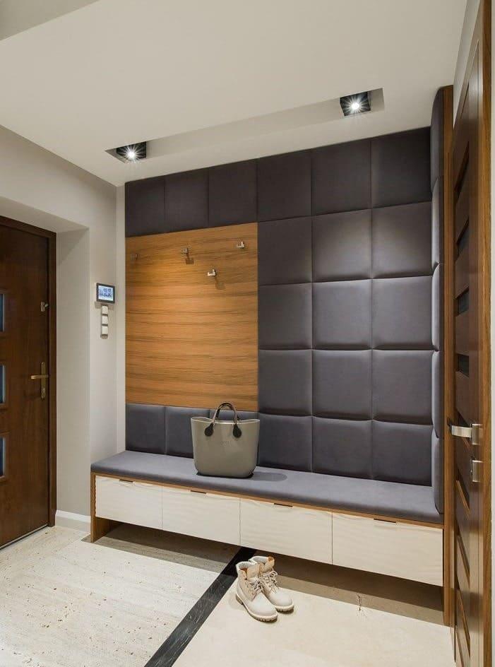 Стены в прихожей - идеи для маленького коридора 43