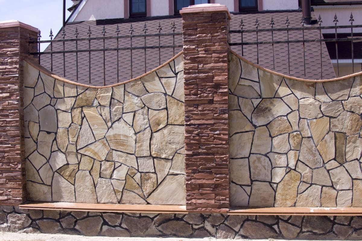 Забор: основные виды конструкций