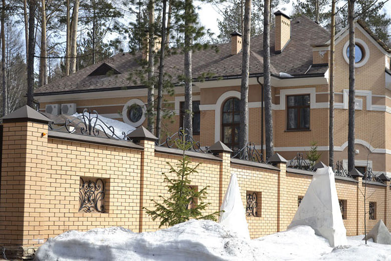 Фото красивых домов и коттеджей в России 015