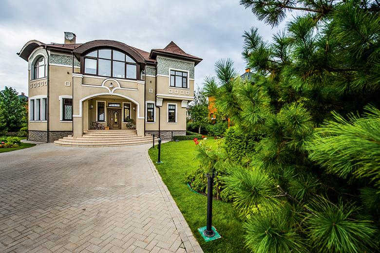 Фото красивых домов и коттеджей в России 052