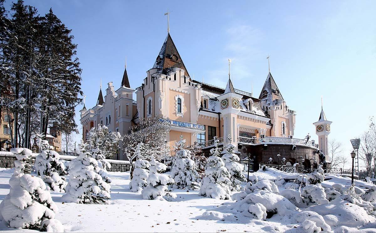 Фото красивых домов и коттеджей в России 061