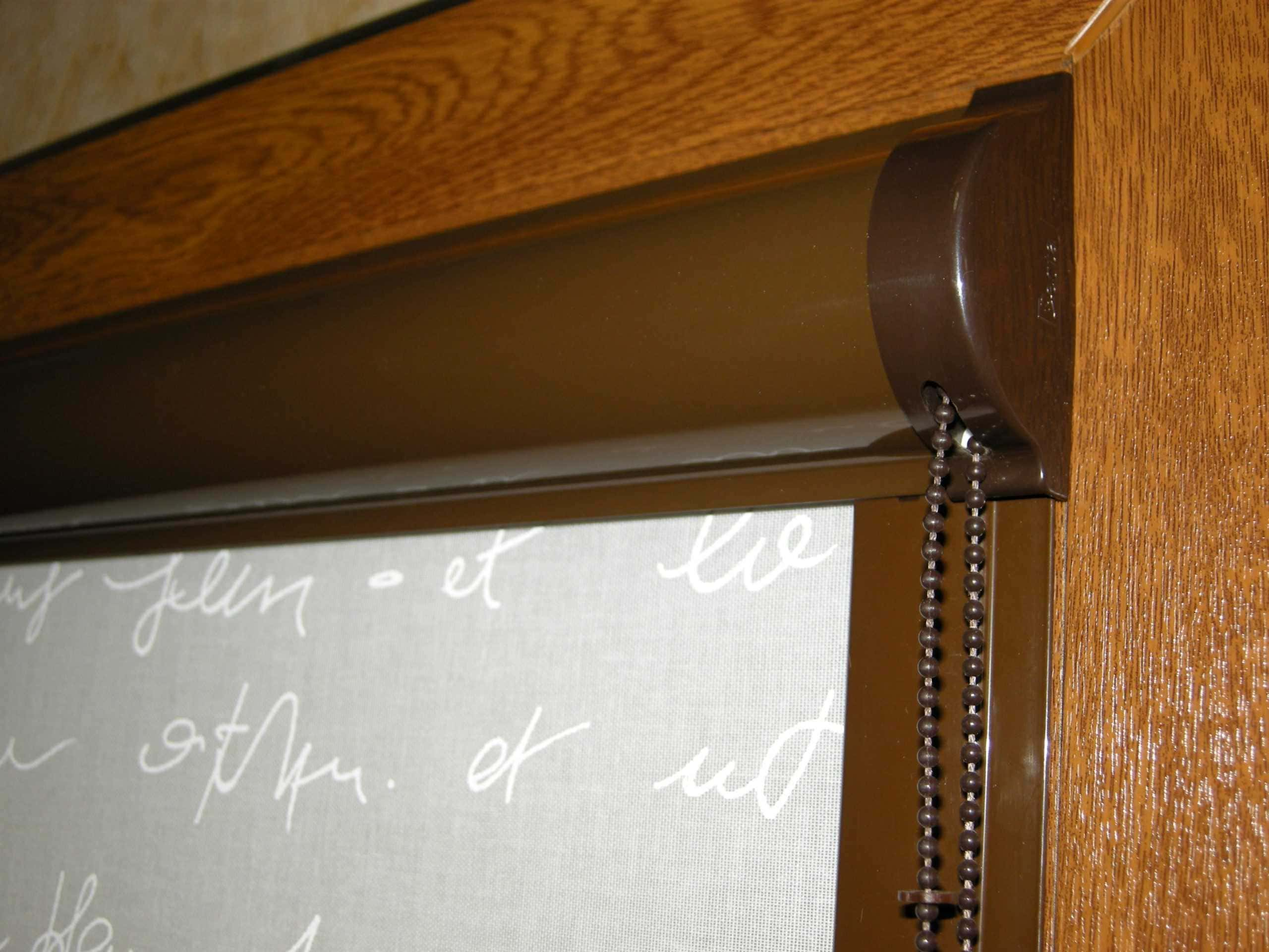 Рулонные шторы - плюсы и минусы установки, выбор материалов 094