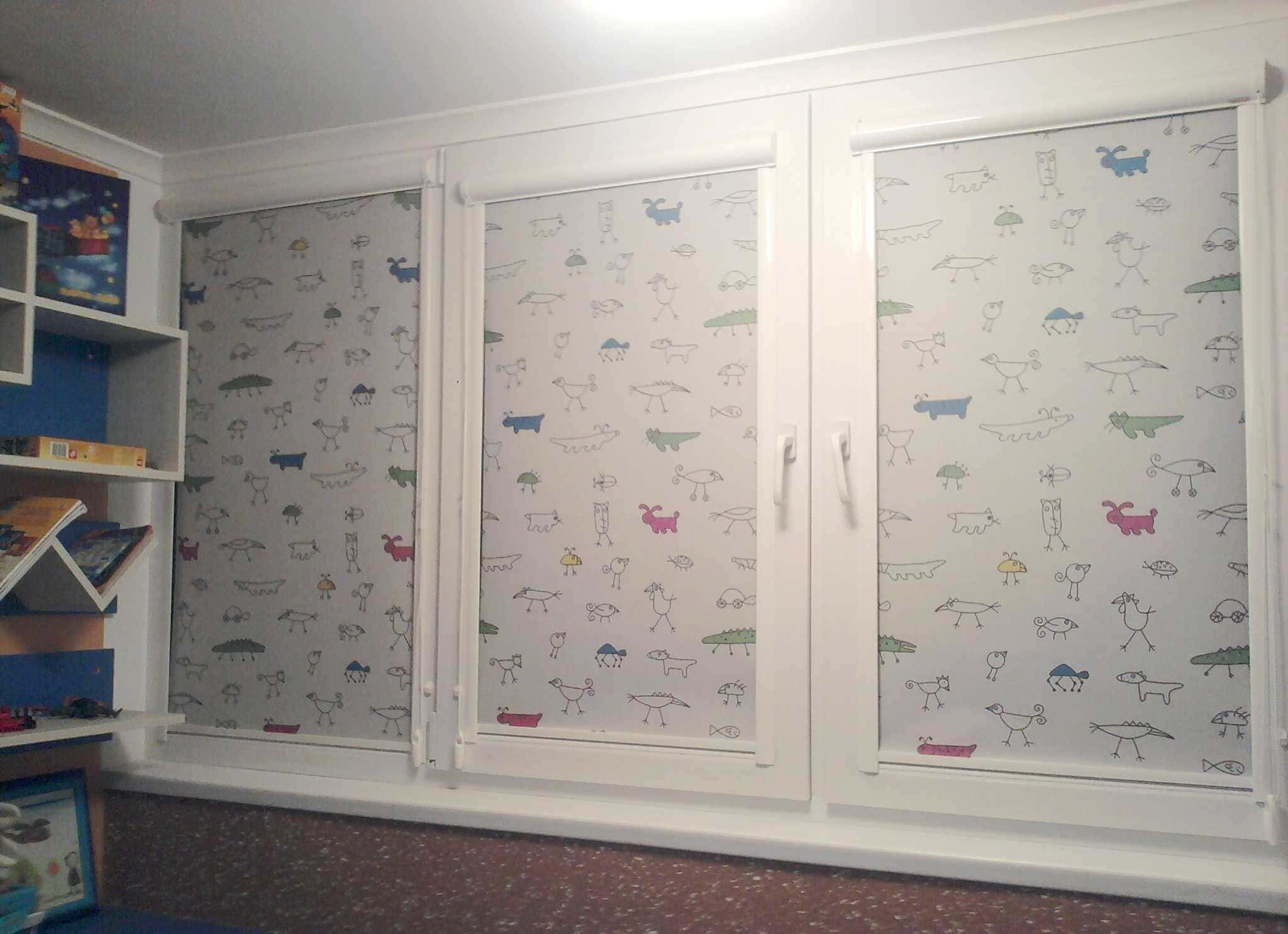 Рулонные шторы - плюсы и минусы установки, выбор материалов 095