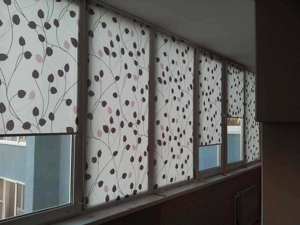 Рулонные шторы - плюсы и минусы установки, выбор материалов 105