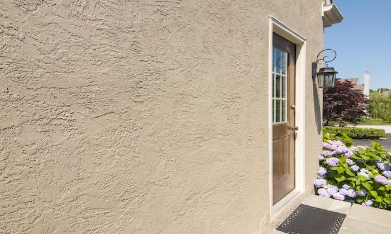 Декоративная штукатурка - лучшие красивые варианты отделки стен в интерьере 090